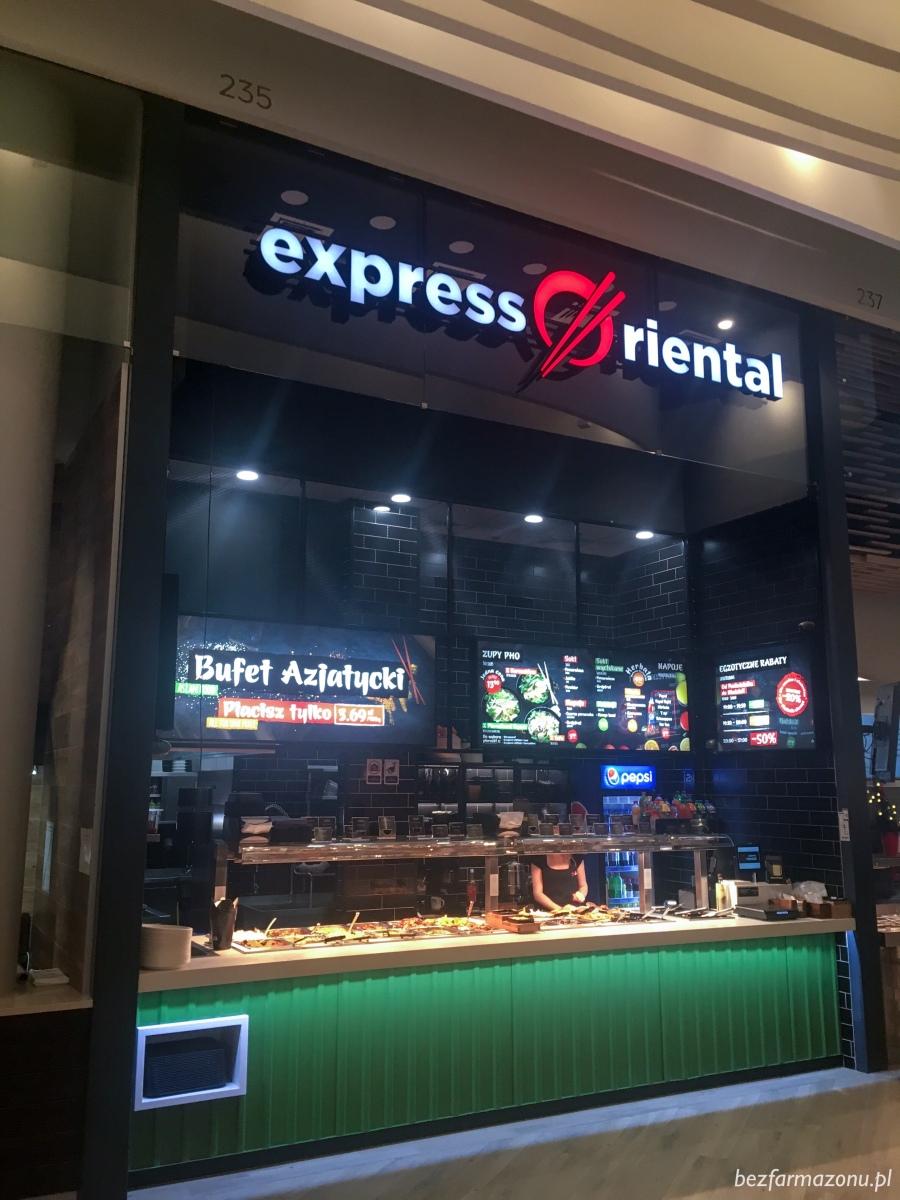 Azjatyckie jedzenie na wagę - Express Oriental w Galerii Serenada - KRAKÓW, ul. Bora Komorowskiego