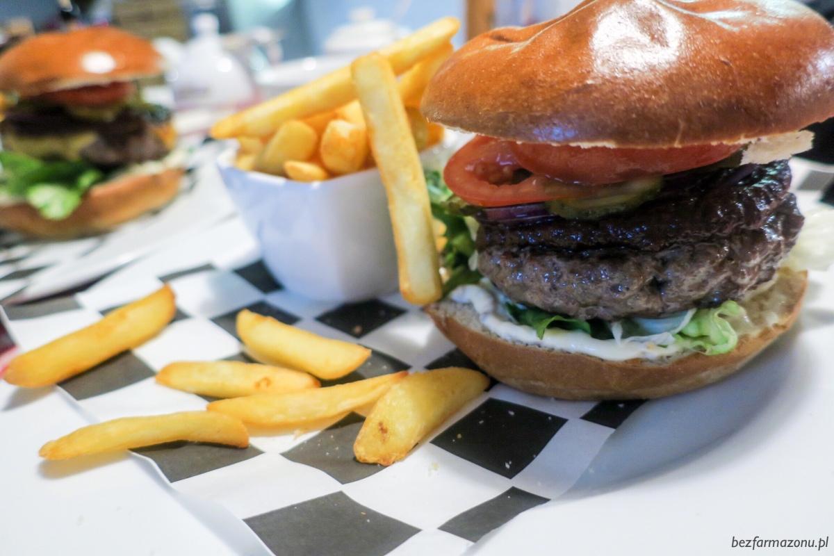 W fastfoodzie da się zjeśćFIT! TOP 3 pozycje z McDonald's, KFC i Burger Kinga